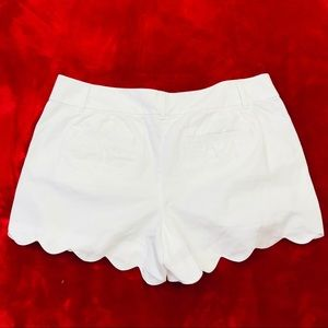 Ann Taylor LOFT Riviera White Scalloped Shorts
